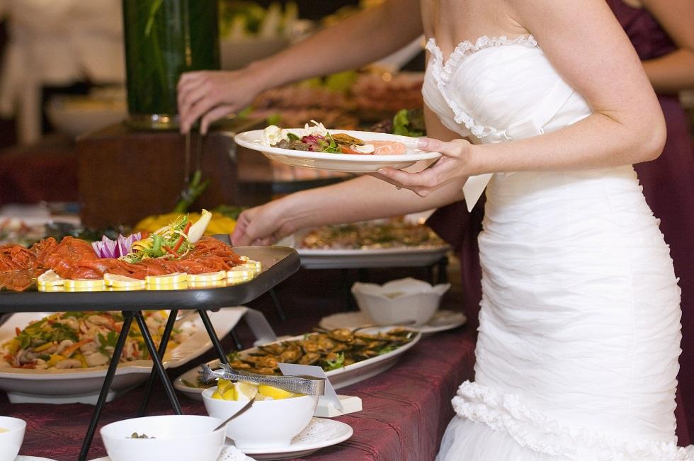 Jak wybrać dobre weselne menu?